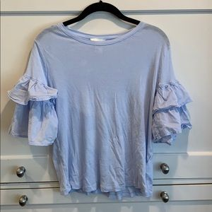 3/$25 H&M Periwinkle Ruffle Sleeve T-shirt